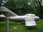 самолёт МиГ-15бис